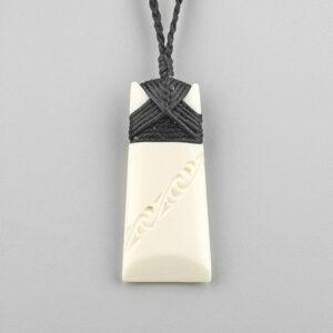 Bone Toki Pendant by Maori Artist